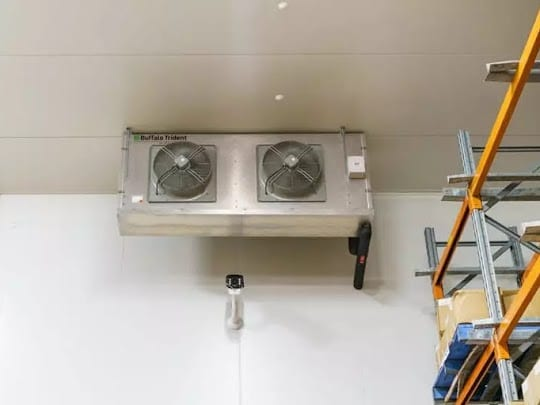 How Coolrooms Enhance Food Safety
